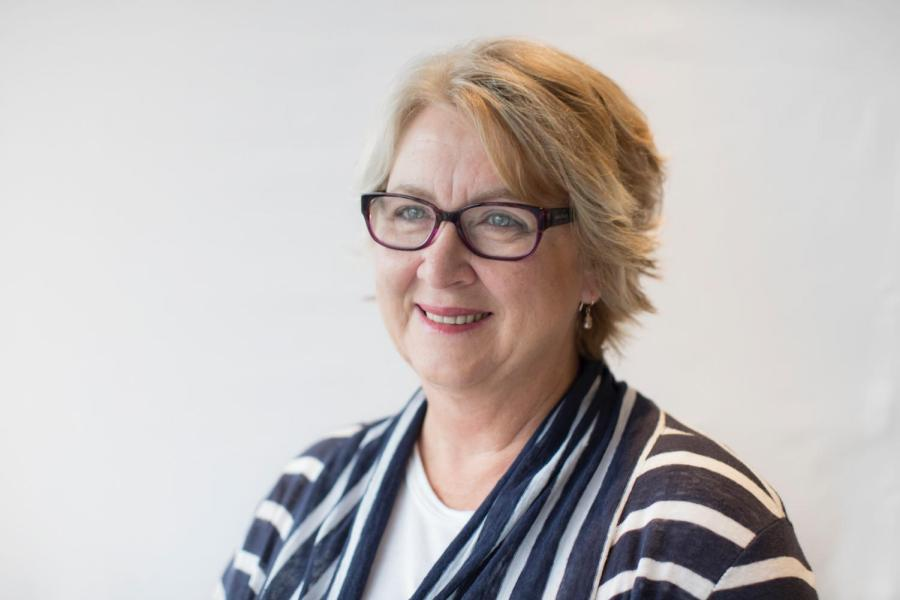 Former Labor MP Cheryl Kernot says she wants to see a change in Dickson