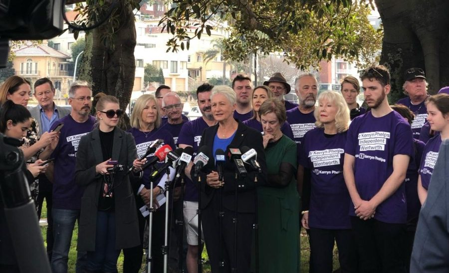Kerryn+Phelps+thanks+supporters+at+Steyne+Park%2C+Double+Bay