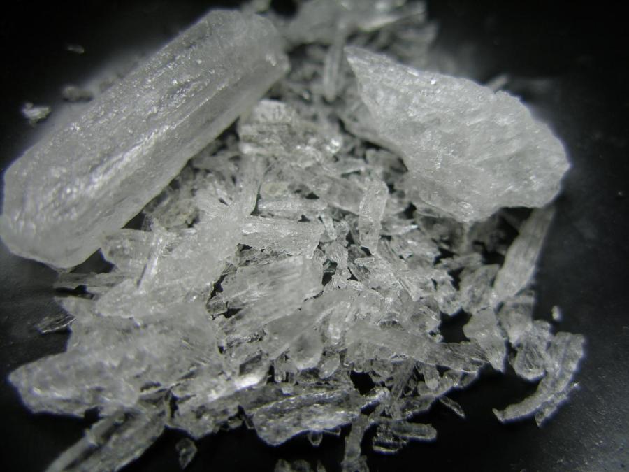 Crystal+Methamphetamine.%0APhoto+by+Radspunk%2C+Wikimedia+Commons