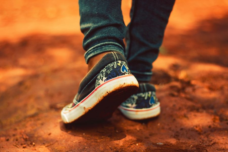 An estimated 15-50 per cent of Australian children are wearing the wrong-sized shoes. Picture Credit: Nicholas Githiri. Pexels.com.au