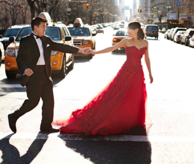 Nyc Engagement Session Featuring Couture Gowns Photos By Jason Groupp Photography Junebugweddings Com