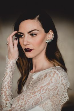 Modern Wedding Makeup Looks for Any Bridal Style   Junebug Weddings photo by Kym Ventola Photography  makeup by SN Makeup Artist  see more from  this wedding here
