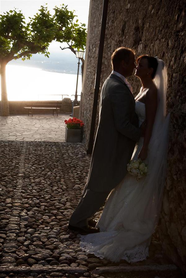 Louise Bryn Rosedew Farm Llantwit Major South Wales Alternative Wedding Photographers