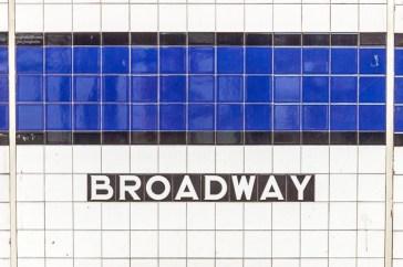 Die Subway Station am Broadwy http://junghahn24.com/frueh-aufstehen-fuer-eine-alte-dame-freiheitsstatue/ http://junghahn24.com/neue-hoehen-werden-erobert-empire-state-building/