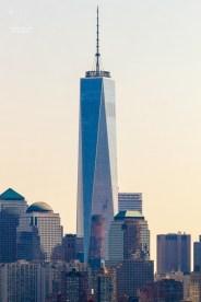 Aufgenommen von Liberty Island aus. http://junghahn24.com/frueh-aufstehen-fuer-eine-alte-dame-freiheitsstatue/