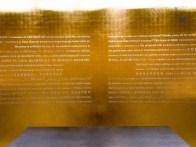 Mit 18 kg Blattgold ist die Kapelle verziehrt. Es finden sich in nahezu allen Sprachen Bibelzitaten zum Thema Sport, Fariness, Gewinnen und Verlieren auf der Wand.