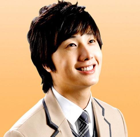 Jung II-woo as Lee Yoon-ho 2007