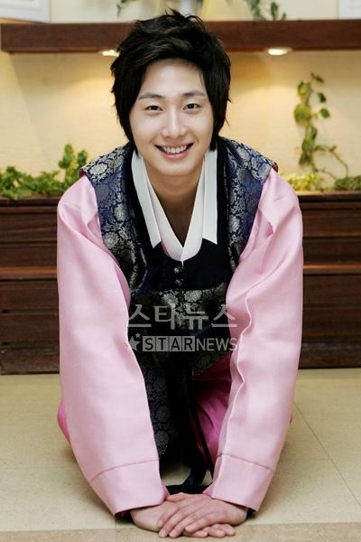 2007 JIW HK Hanbok 1