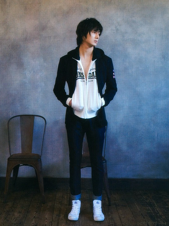 2008 3 Vogue 8