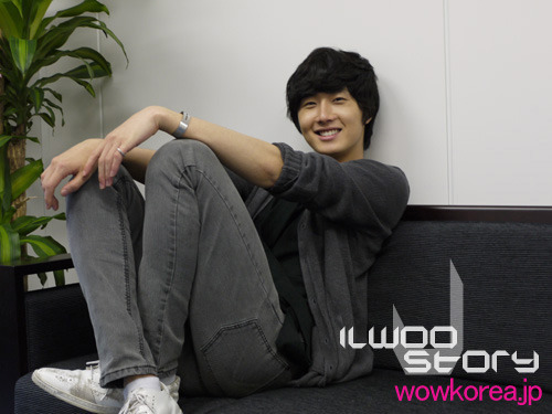 2009 JIW Japan Fan Meet 1 Interview 10