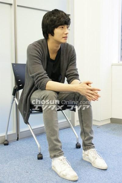 2009 JIW Japan Fan Meet 1 Interview 8