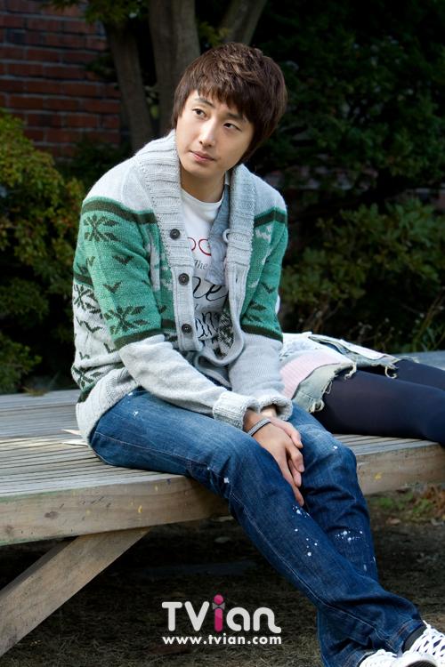 2009 JIW High Kick BTS 2 16