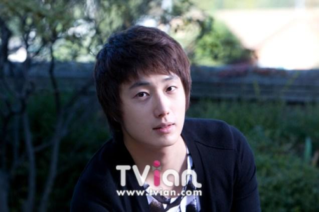 2009 JIW High Kick BTS 2 23