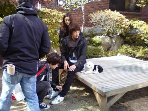 2009 JIW High Kick BTS 2 31.jpg