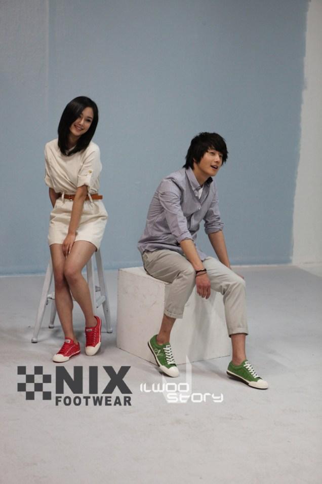 2009 JIW NIX Shoes:Jeans 7.4