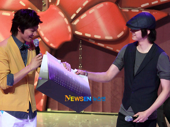 2010 6 20 Min-ho JIW 11
