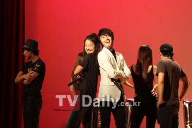 2010 9 5 JIW Fan eet Korea 6