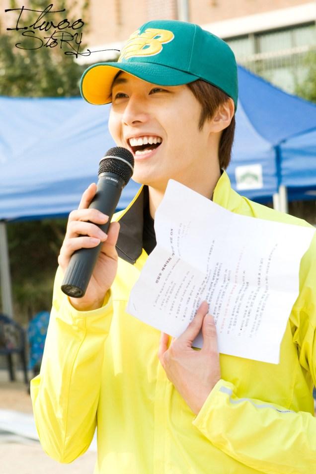 2011 10 09 Jung II-woo Athletic Fan Meeting 00061