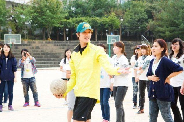 2011 10 09 Jung II-woo Athletic Fan Meeting 00120