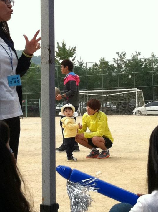 2011 10 09 Jung II-woo Athletic Fan Meeting Unknown Credit00019