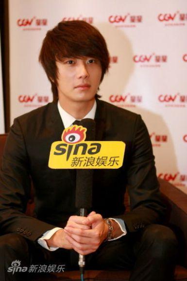 2011 27 Sina Interview 18