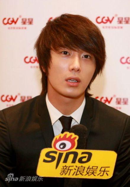 2011 27 Sina Interview 5