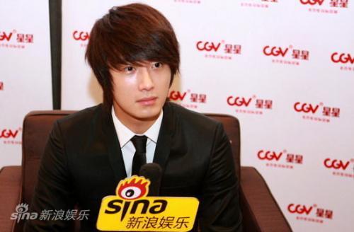 2011 27 Sina Interview 9