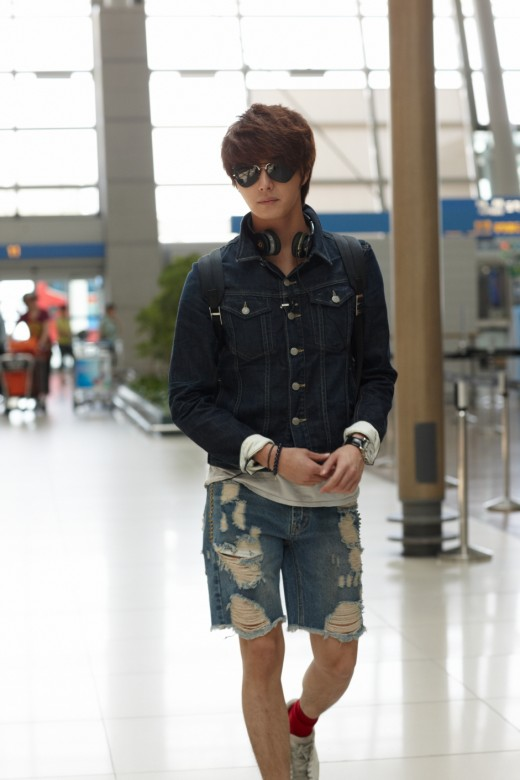 2011 7 OMT Airport 6