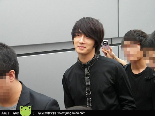 2011 8 Travel to China Airport9