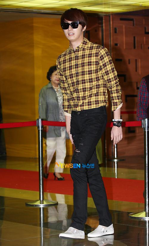 2011 9 20 Jung II-woo D Countodown Premiere 4