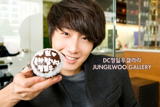 2011 9 27 JIW D Cupcake Photo Shoot 13