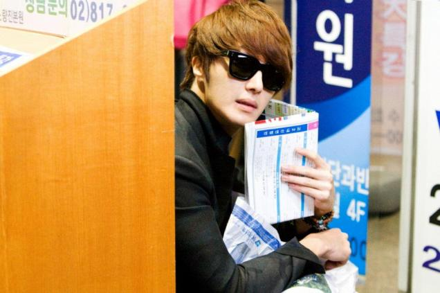 2011 Flower Boy Ramyun Shop Jung II-woo 100111.jpg
