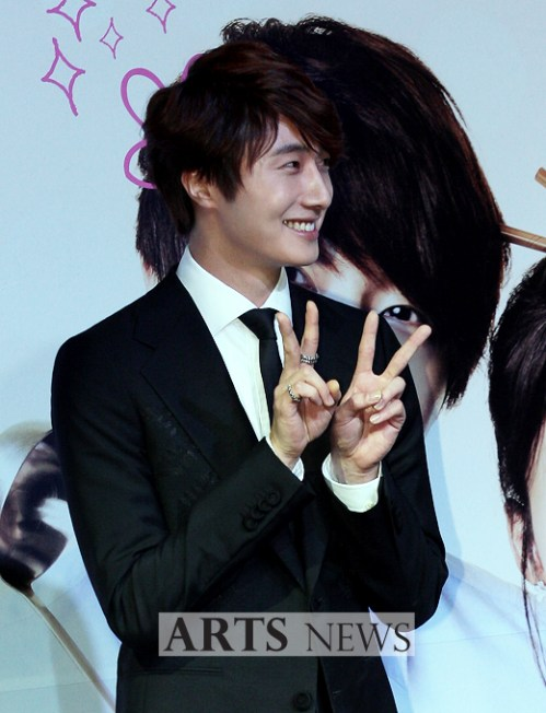 2011 10 27 Jung II-woo FBRS Press Conference 15