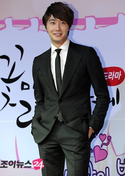 2011 10 27 Jung II-woo FBRS Press Conference 4