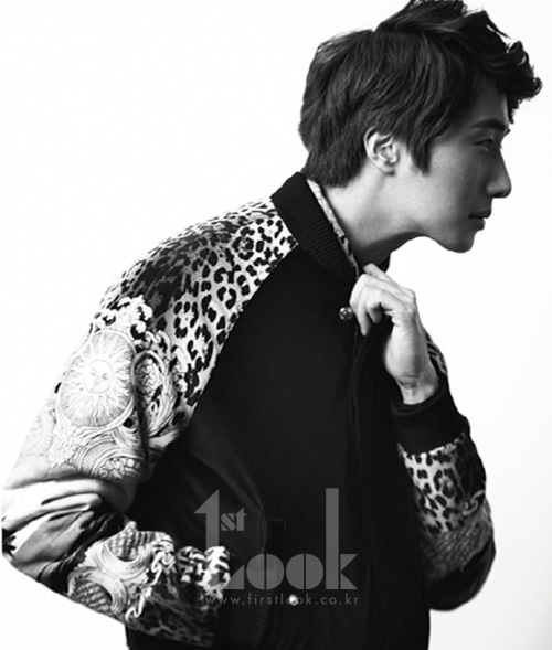 2011 11 Jung II-woo for First Look Magazine 6