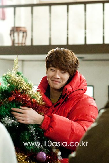 2011 12 19 Jung II-woo in FBRS Ep 15 10Asia Christmas Pictorial00008