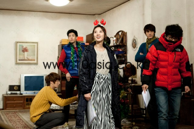 2011 12 19 Jung II-woo in FBRS Ep 15 10Asia Christmas Pictorial00013