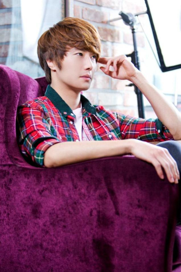 2011 12 19 Jung II-woo in FBRS Ep 15 X00027