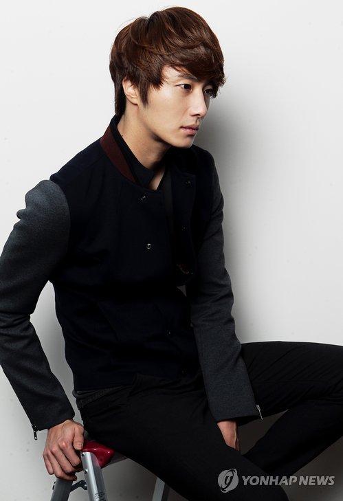 2011 12 5 Jung II-woo in Yonhap interview. 00005