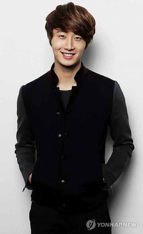 2011 12 5 Jung II-woo in Yonhap interview. 00008