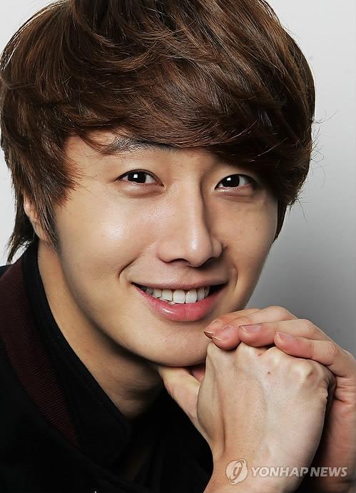 2011 12 5 Jung II-woo in Yonhap interview. 00012