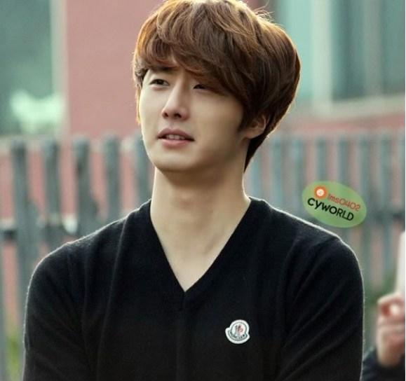 2011 Jung II-woo Final Post00014