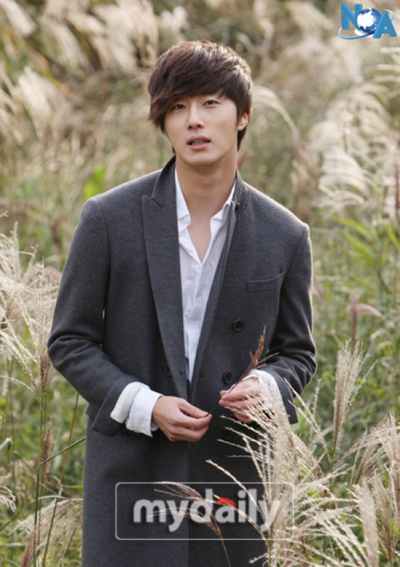 2011 Jung II-woo in UJIWP 00003