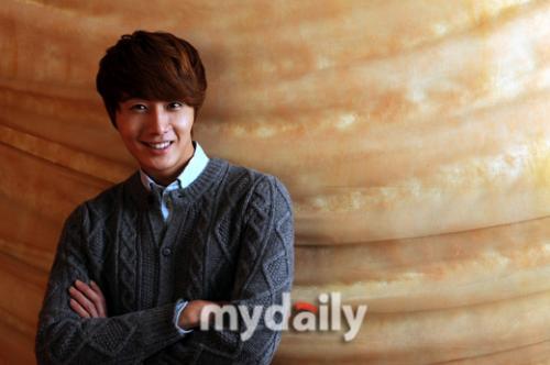 2011 Jung II-woo in UJIWP 00004