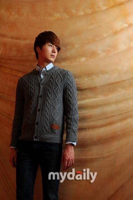 2011 Jung II-woo in UJIWP 00006