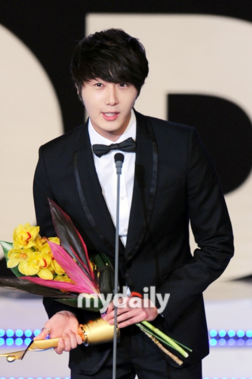 2012 1 18 Jung II-woo in Asia Model Awards 00018