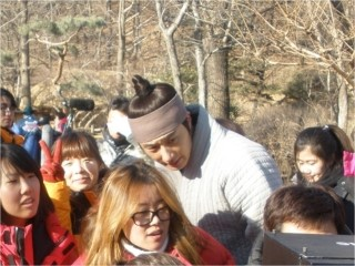 2012 1 18 Jung II-woo Moon Episode 8 BTS Xtras 00007