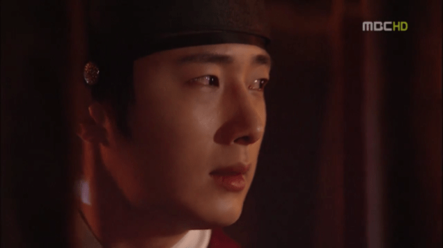 2012 2 Jung II-woo in The Moon that Embraces the Sun Episode 13 00021