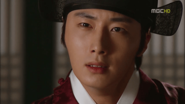 2012 2 Jung II-woo in The Moon that Embraces the Sun Episode 13 00030