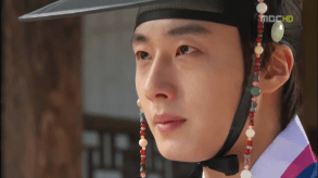 2012 2 Jung II-woo in The Moon that Embraces the Sun Episode 14 00011